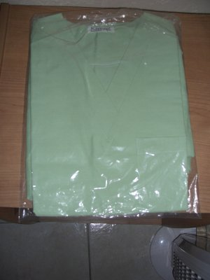 NEW WOMEN SCRUB SZ SMALL   (COLOR LIME-GREEN)