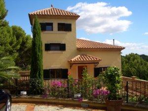REDCARPET Residences - Villa with Direct Beach Access, Bendinat, Majorca