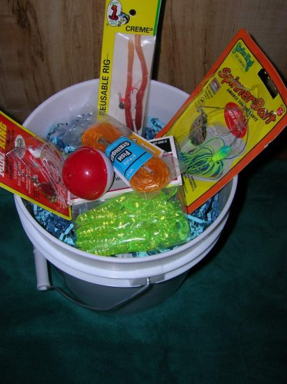 Freshwater Fishing Gift Basket, Loaded with Tackle, Item#skipfresh002
