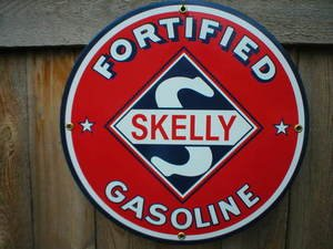SKELLY GASOLINE SIGN METAL GAS & OIL SIGNS S