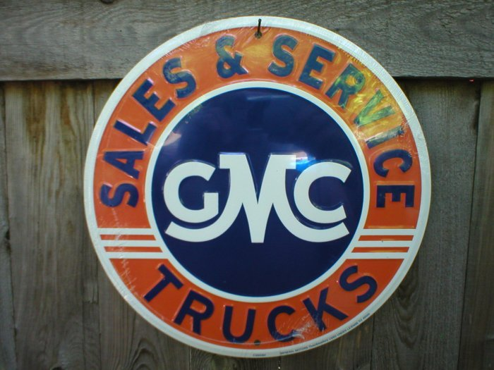 GMC TRUCKS SALES & SERVICE ROUND SIGN