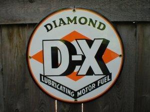 DIAMOND D-X PORCELAIN COAT SIGN