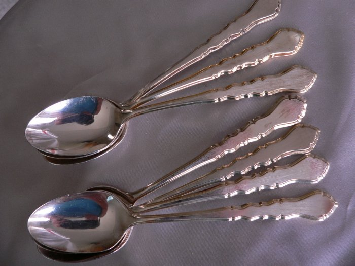 GOLDEN CENTENNIAL Silverplate Lot of 2 TEASPOONS by 1847 ROGERS International IS