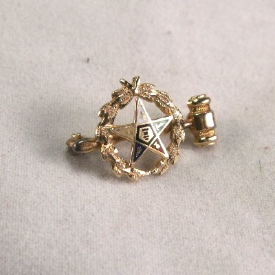 Order of Eastern Star wreath pin with gavel matron 10K gold
