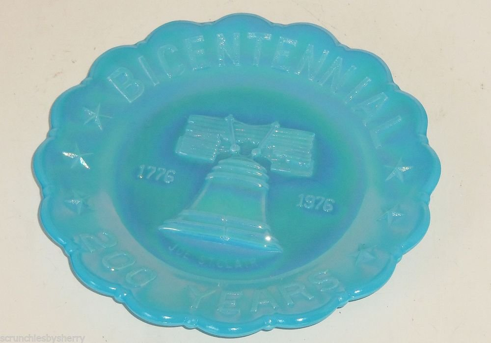 Carnival Glass Joe St Clair Blue Collector Plate 1776 1976 Bicentennial 200  Year