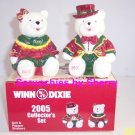 Winn Dixie Salt & Pepper Christmas Bears Shakers  Limited Edition 2005 Retired