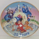 Walt Disney World Mickey Mouse Goofy Genie 25 Years Collector Plate Vintage 1996