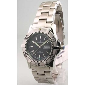 Croton Men's 10 ATM Day/Date Stainless Dive Watch CA301051SSBK