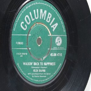 "HELEN SHAPIRO Kiss N' run  COLUMBIA INDIA Asia 7"" 45 RPM"