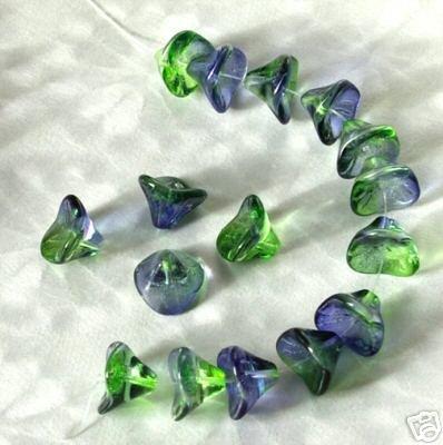 Green w Blue 3 Petal Czech Glass Flower Beads 10mx12mm Trumpet