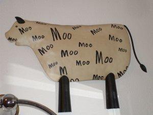 Vintage Primitive COW Farm Animal Metal Wall Plaque