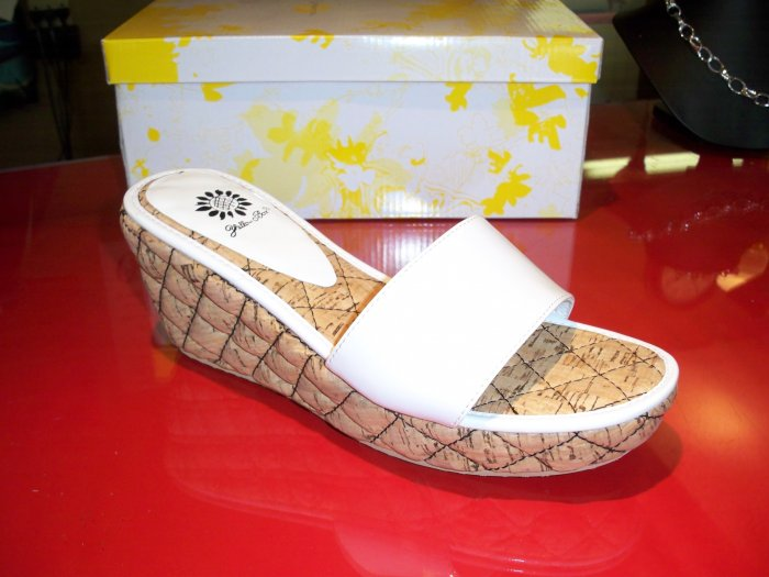 White Corker from Yellow Box - Size 7 1/2