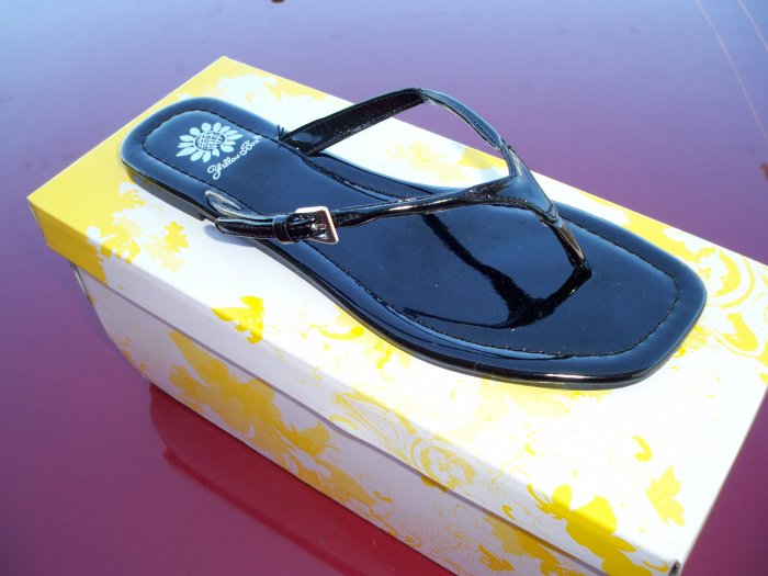 Black Patent Leather Flip Flops - Size 6.5