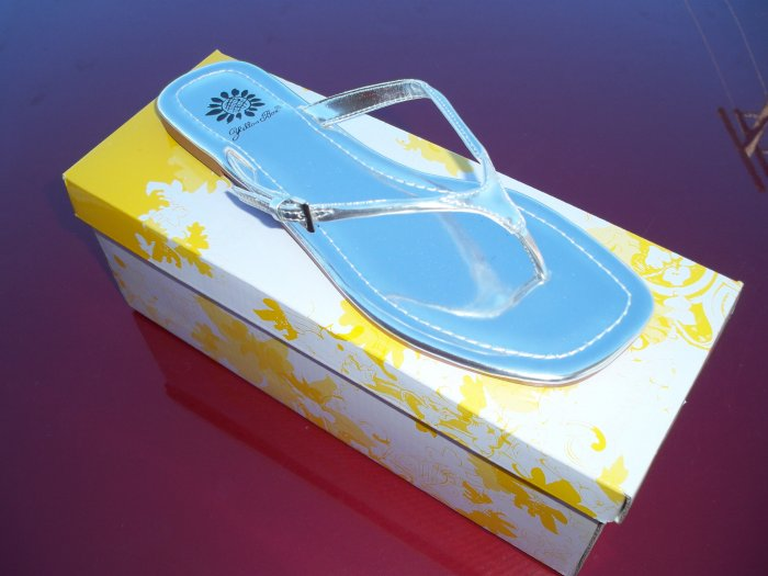 Silver Patent Leather Flip Flops - Size 6