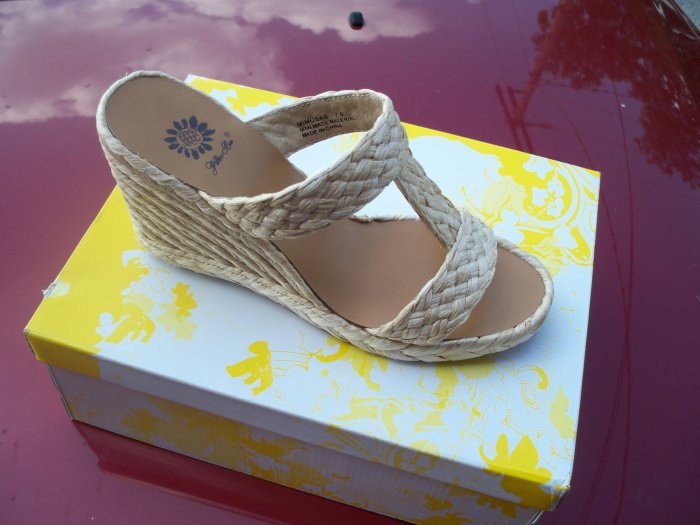 Mimosas, Natural from Yellow Box, Size 7.5