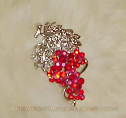 nnc1004 Red Grape Sliver Pin