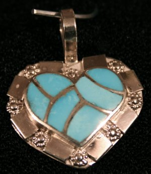 Heart Style Handmade Indian Pendant-17