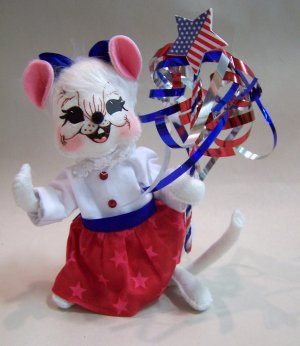 """Anna Lee 4th of July Independance Girl Mouse 6"""" annalee"""