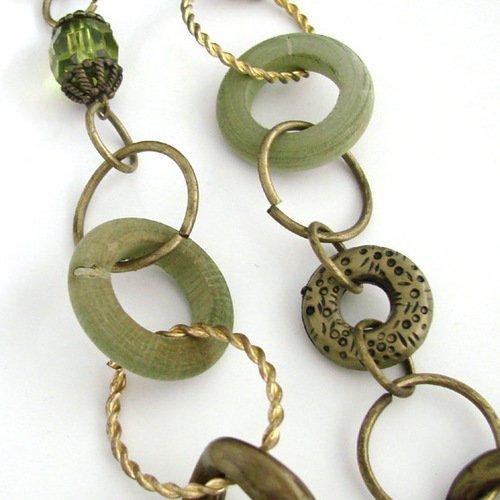 Green/bronze necklace