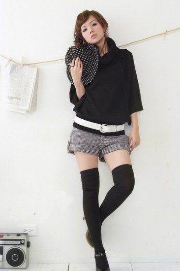 T19-Poncho top - black