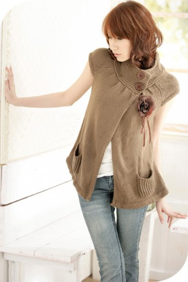 T23-Knitted cap-sleeve top - cocoa (Flower not included)