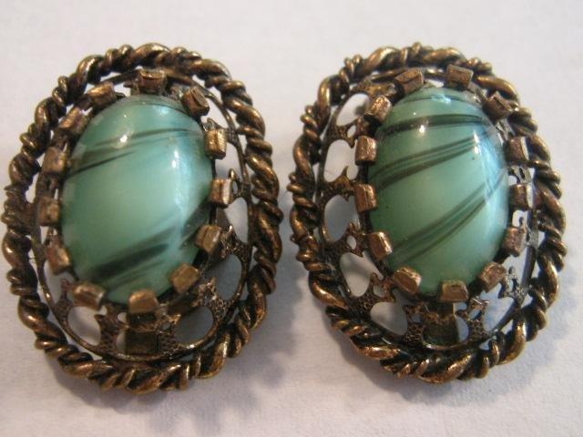 Vintage 50s ~ aqua Czech Glass Clip Earrings Open work