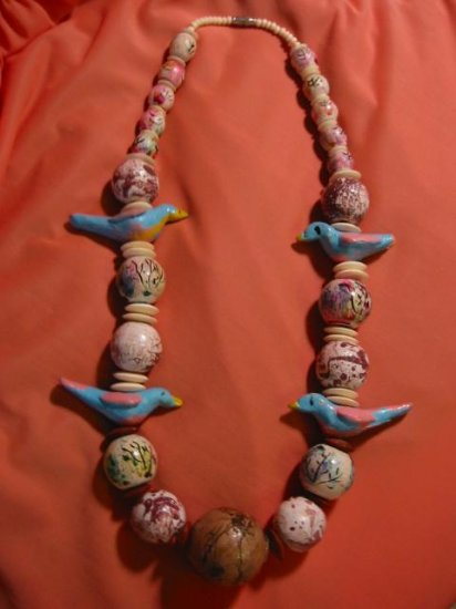 Amazing~ Hand Carved Bird Hippie Boho Vintage Necklace Hand painted