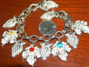Vintage charm bracelet leaves charms leaf design