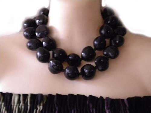 Hawaiian lei necklace kukui nut luau black hula