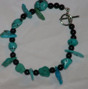 Handcrafted beaded turquoise bracelet
