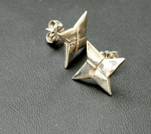Ninja Throwing Star Earrings (Silver Origami Metalgami)