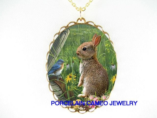 RABBIT BUNNY IN THE FLELD BLUE BIRD FLOWER NECKLACE