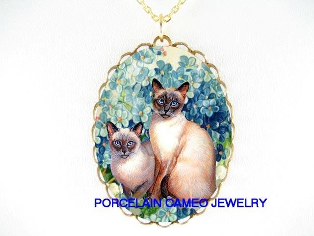 2 BLUE EYES SIAMESE CAT FORGET ME NOT CAMEO NECKLACE