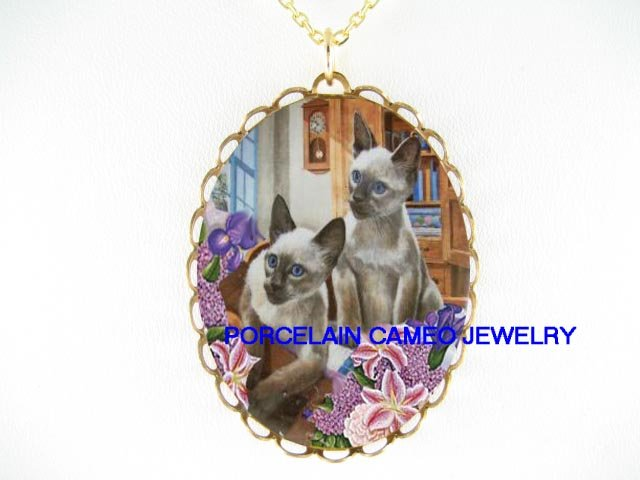2 BLUE EYES SIAMESE CAT CAMEO IRIS LILY CAMEO NECKLACE