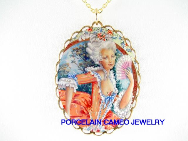 QUEEN MARIE ANTOINETTE FAN CAMEO PORCELAIN NECKLACE