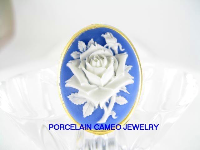 VICTORIAN BLUE WHITE ENGLISH OPEN ROSE VINTAGE CAMEO ADJ RING 5-9