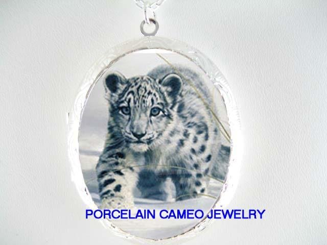 BABY SNOW LEOPARD CUB IN THE SNOW* CAMEO PORCELAIN LOCKET NECKLACE