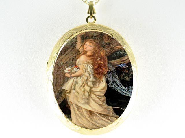 RENAISSANCE BUTTERFLY LADY *  CAMEO PORCELAIN LOCKET NECKLACE