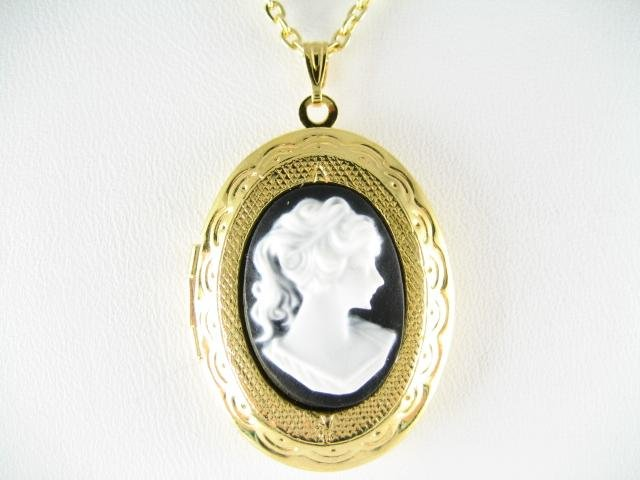 VICTORIAN BLACK WHITE PONYTAIL LADY * 3D VINTAGE CAMEO LOCKET NECKLACE