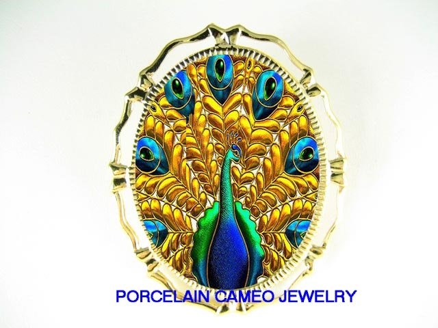 ART DECO NOUVEAU PEACOCK PORCELAIN CAMEO PIN BROOCH