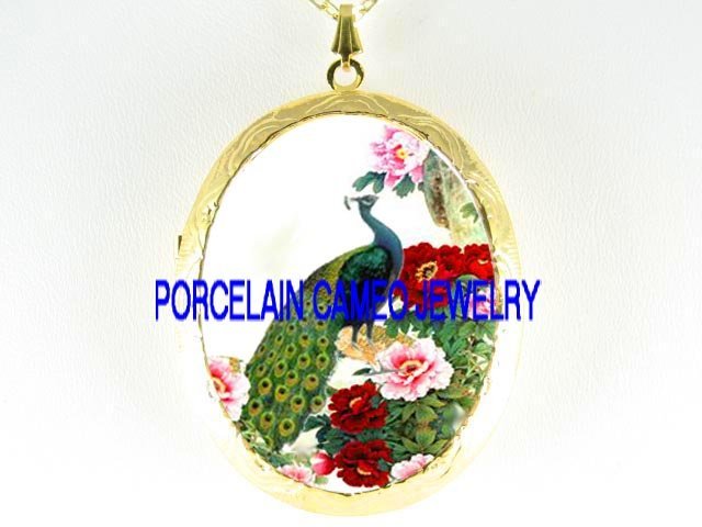 PEACOCK BIRD CHINESE PEONY CAMEO PORCELAIN LOCKET NK