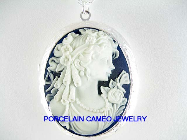 VICTORIAN BLUE WHITE ROSE BUTTERFLY GODDESS LADY VINTAGE CAMEO LOCKET
