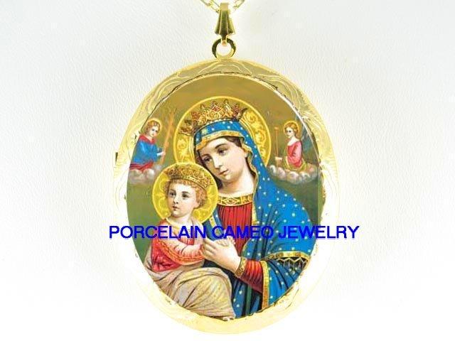 CROWN VIRGIN MARY HOLD BABY JESUS ANGEL CAMEO PORCELAIN LOCKET NK