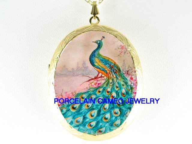 PEACOCK BIRD PINK DOGWOOD PORCELAIN CAMEO LOCKET NK