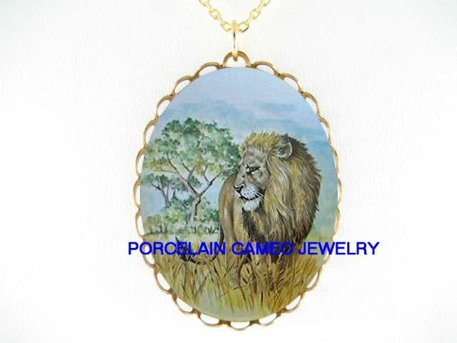 AFRICA WILD LION  CAMEO PORCELAIN PENDANT NECKLACE