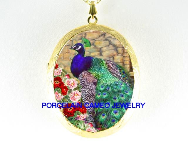 PEACOCK BIRD CHINESE PEONY PORCELAIN CAMEO LOCKET NK