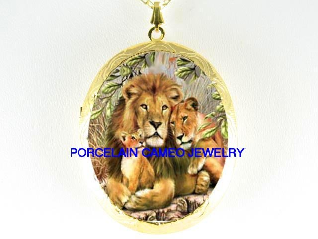 LION LIONESS CUB FAMILY CAMEO PORCELAIN LOCKET NECKLACE