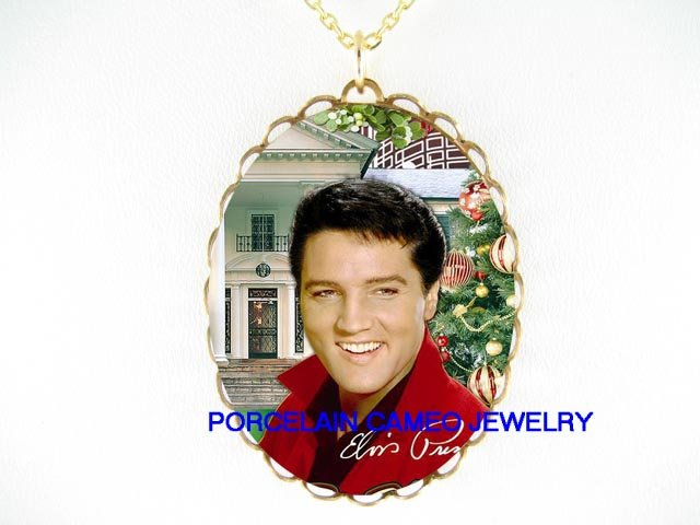 ELVIS PRESLEY MERRY CHRISTMAS* CAMEO PORCELAIN NECKLACE