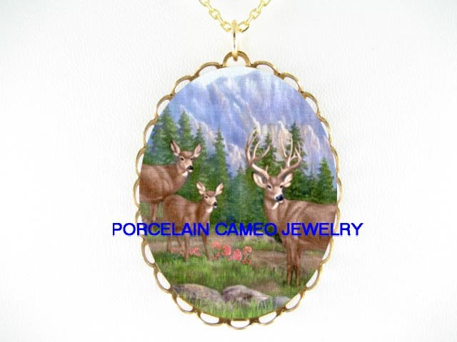 3 DEER FAWN FAMILY MOUNTAIN* CAMEO PORCELAIN NECKLACE