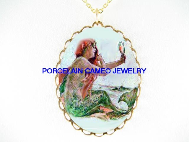VICTORIAN VINTAGE MERMAID BRUSHING HER HAIR * CAMEO PORCELAIN NECKLACE